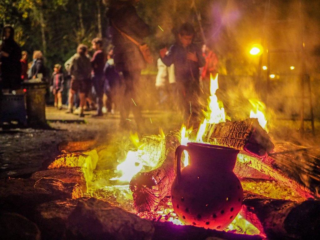 la fête de la Saint-Martin au Portugal, ses feux de joie et ses châtaignes grillés - Magusto